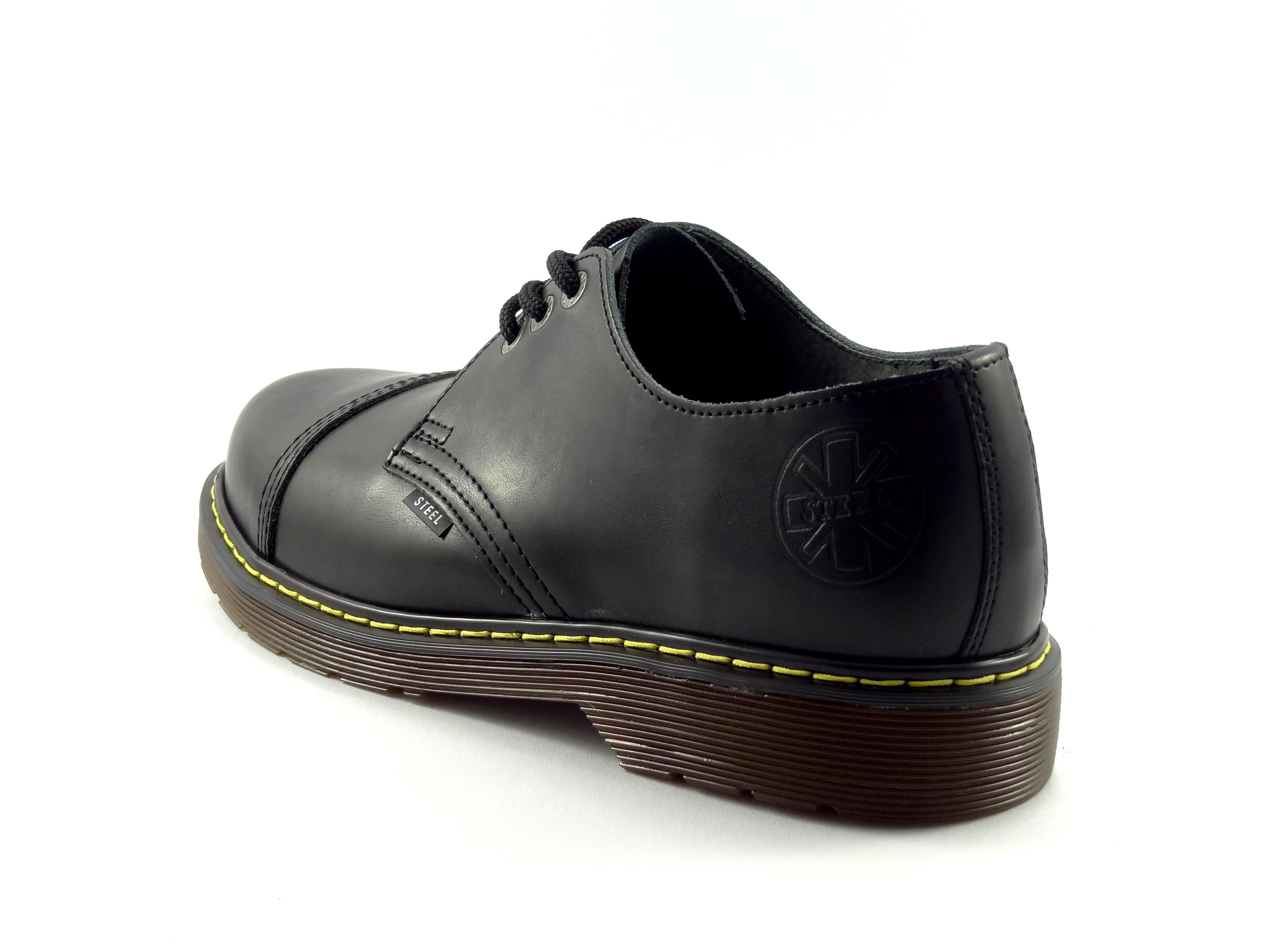 V druhém řádku - první dva obrázky - pánská obuv bez ocelové špičky Ken.  Ostatní modely v dámské velikosti. 53e28649be
