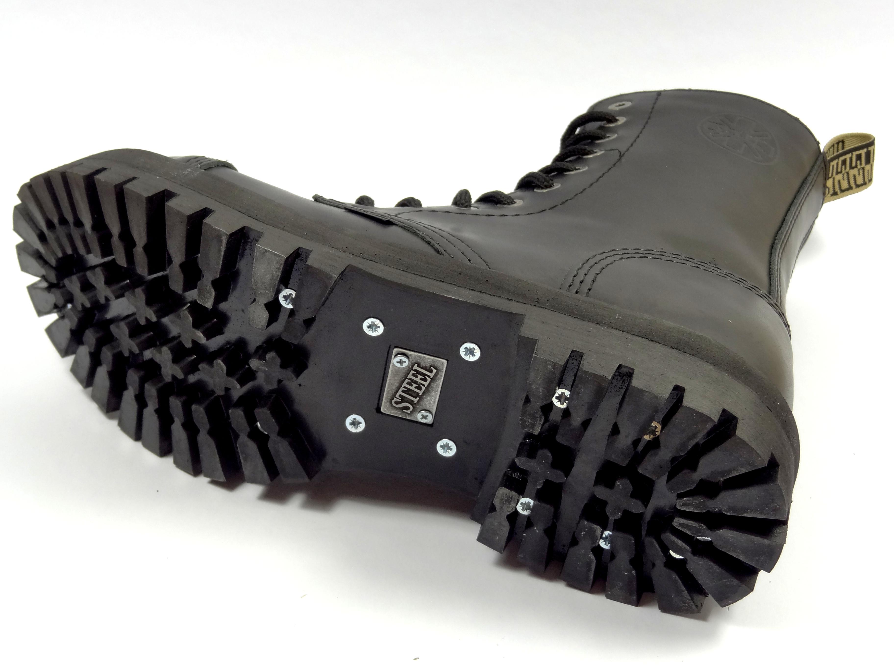 Steel boty 10 dírkové černé - se zipem - zateplené  a068e9049b